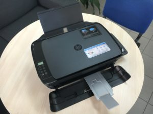 Recenze HP Ink Tank Wireless 415 All-in-One, rozložená.