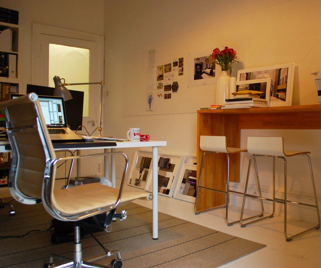 Multifunkční tiskárny nejsou jen do domácnosti, využijete je i v menších kancelářích a školách.